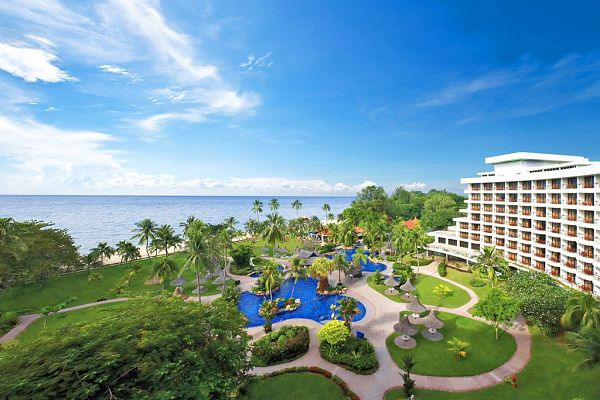 Hotel Shangri - La Golden Sands Resort
