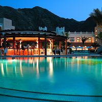 Hotel Shangri - La's Al Waha