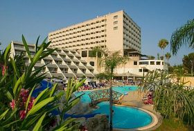 Hotel St. Raphael Beach