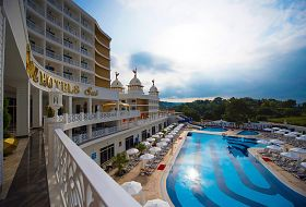 Hotel Sui Resort