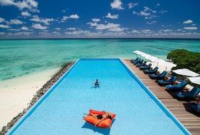 Hotel Summer Island Village