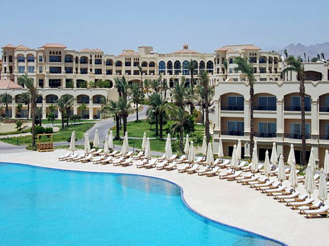 Hotel the cleopatra luxury resort collection w sharm el for Luxury hotel collection