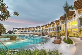 Hotel The Shells Resort & Spa