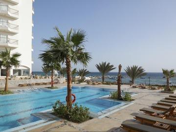 Hotel Three Corners Royal Star Beach Resort