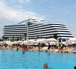 Hotel Titanic Lara