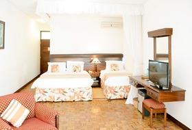 Hotel Travellers Beach Club
