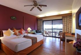 Hotel Vogue Resort & Spa