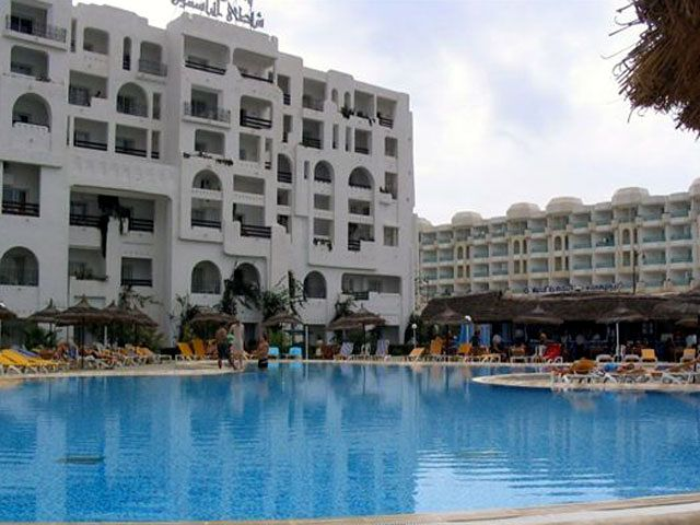 Yasmine Beach Resort - basen hotelowy