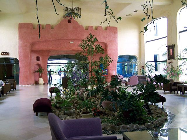 Yasmine Beach Resort - widok na lobby