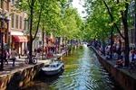 Jeden z kanałów w Amsterdamie