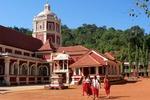 Świątynia Sri Shantadurga Hindu w stanie Goa ( Indie )