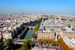 Panorama Paryża - w tle wieża Eiffla