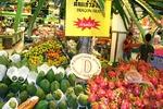 Papaye i owoce nazywane smoczym jajem w Pattaya