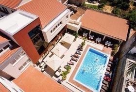 Borovnik Hotel