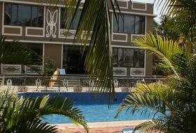 Club Mahindra Acacia Palms Resort
