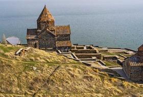 Gruzja, Armenia - spod szczytów Kaukazu w doliny Armenii z Kutaisi