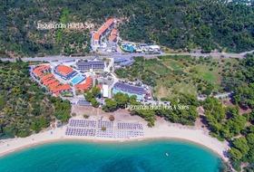 Lagomandra Beach & Suites