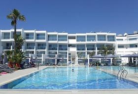 Limanaki Beach Hotel  Suites