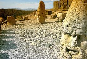 Magiczna Góra Nemrut - zwiedzanie Turcji