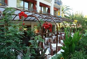 May Beach Hotel