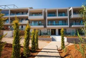 Minos Aparthotel and Suites