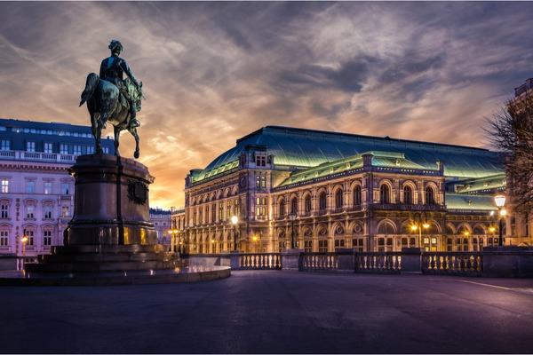Noc Muzeów w Wiedniu i Wiener Wiesn Fest