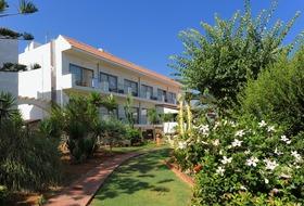 Oasis Beach Hotel Anissaras