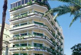 Park Plaza  Tropical