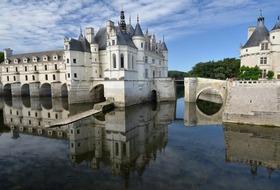 Paryż i zamki nad Loarą lub Disneyland 7 dni