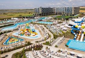 Wave Resort