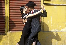 Wino, tango, Atacama